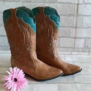 Coconuts Cowboy Boots sz 8